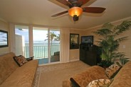Beach Front Jewel - Hawaii Beach Front Vacation Rental