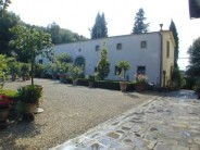 The Limonia, Farmhouse Villa Vacation Rental in Florence, Italy with swimming pool