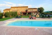 Luxury Suites Farmhouse in Cortona Italy Tuscany